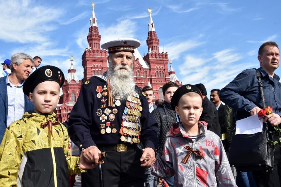 2015莫斯科红场大阅兵-精彩图片